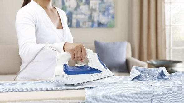 Best Steam Iron For Clothes To Buy In 2019